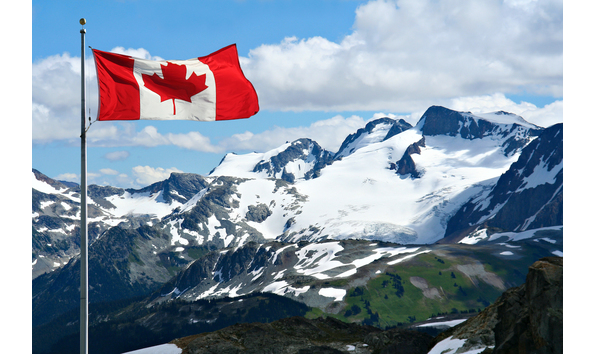 Big image pic canadian flag and mountains